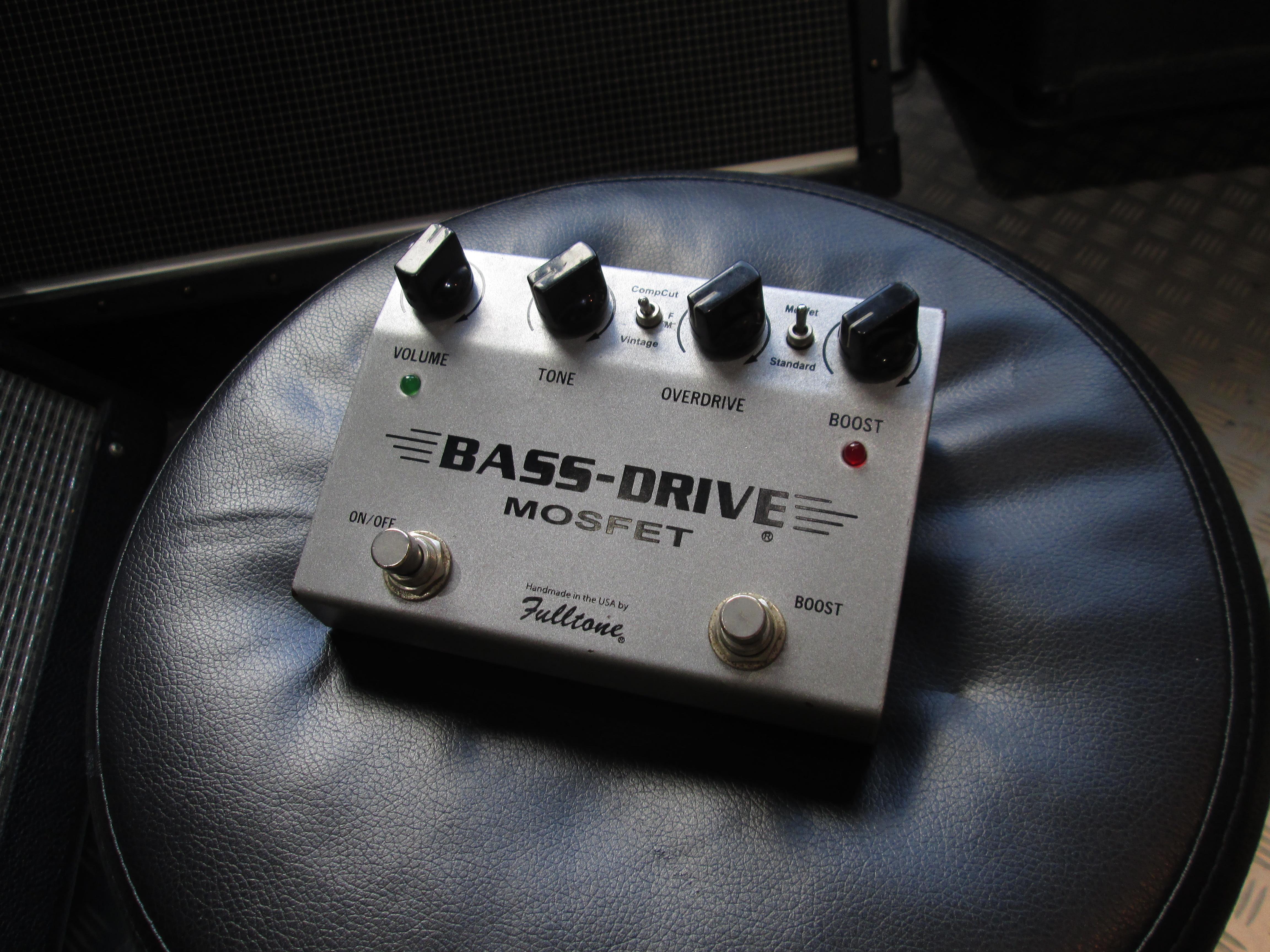 Fulltone/Bass-Drive MOSFET 【ローの太い歪みが人気の生産完了系ベース用エフェクター!】