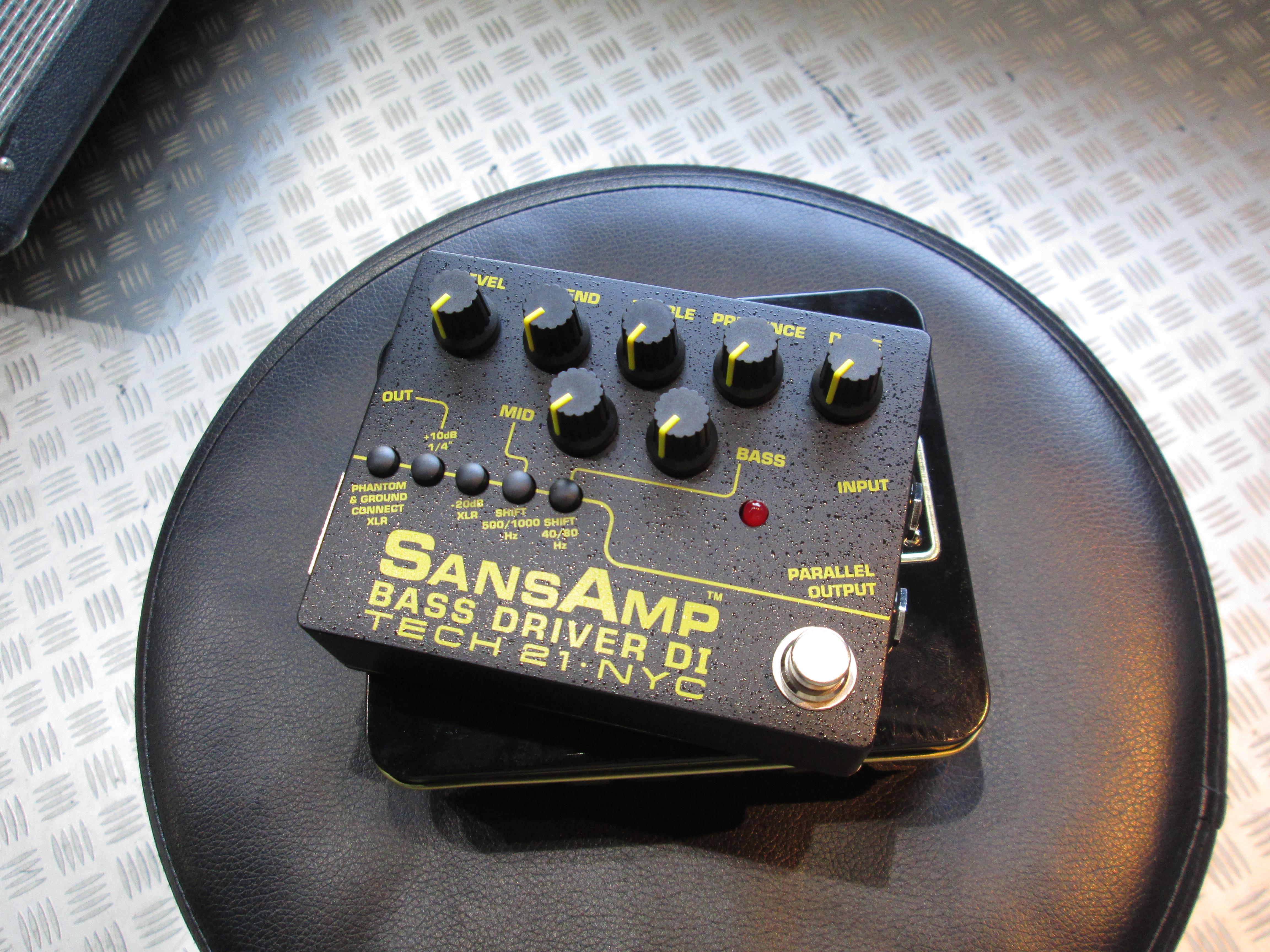 TECH21/SANS AMP BASS DRIVER DI ver.2 【定番プリアンプの最新作をレビュー!】